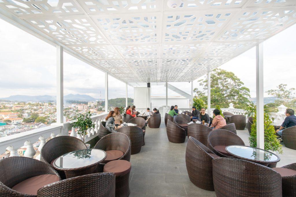 Sky View Café